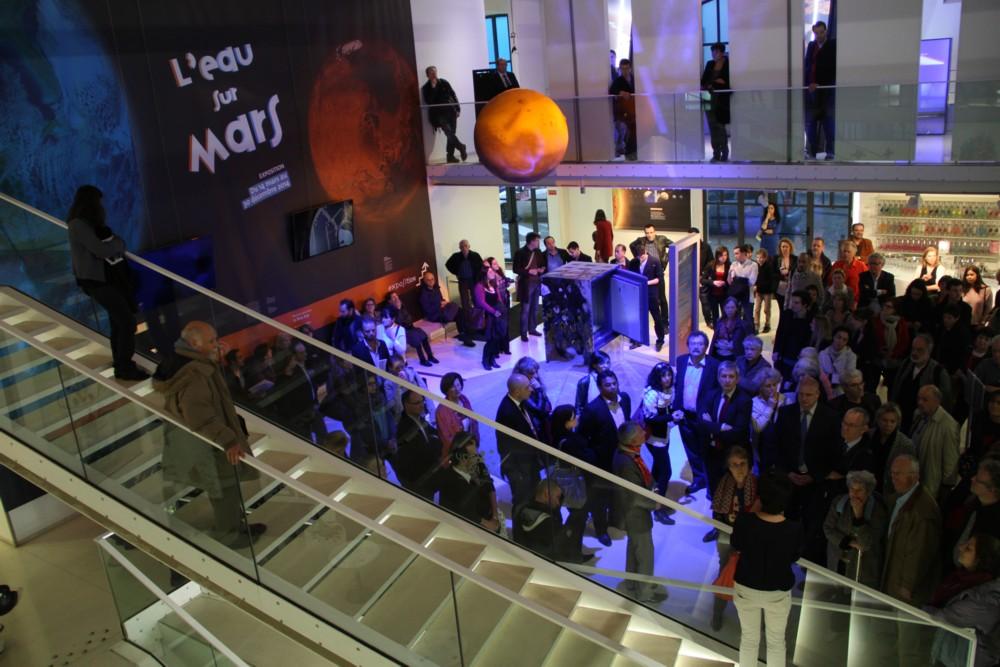 14 03 13 - 18h 47m 09s - inauguration expo l'eau sur mars r