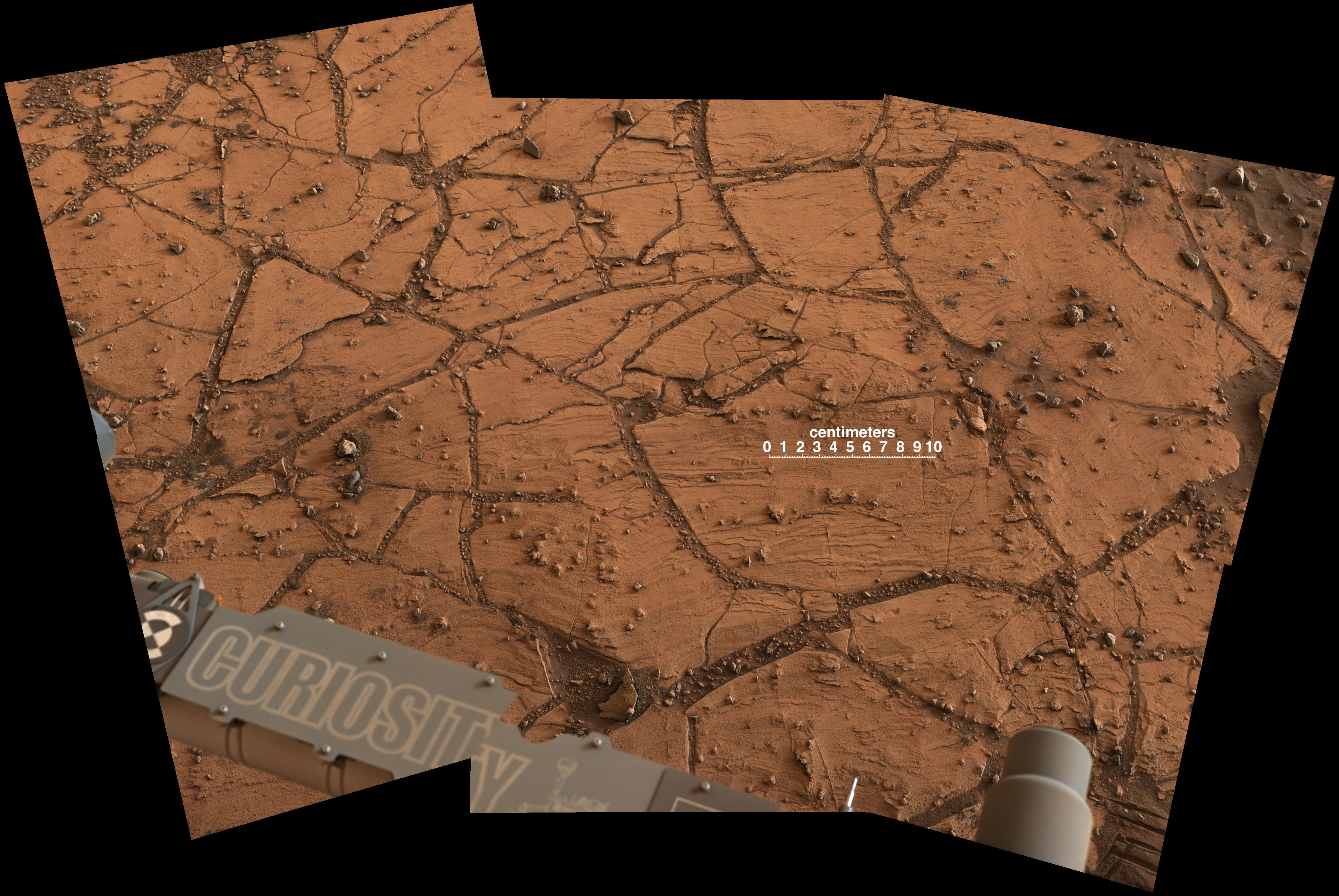 Mars-Curiosity-Rover-Martian-Bedrock-Mt-Sharp-labeled-pia18881-full