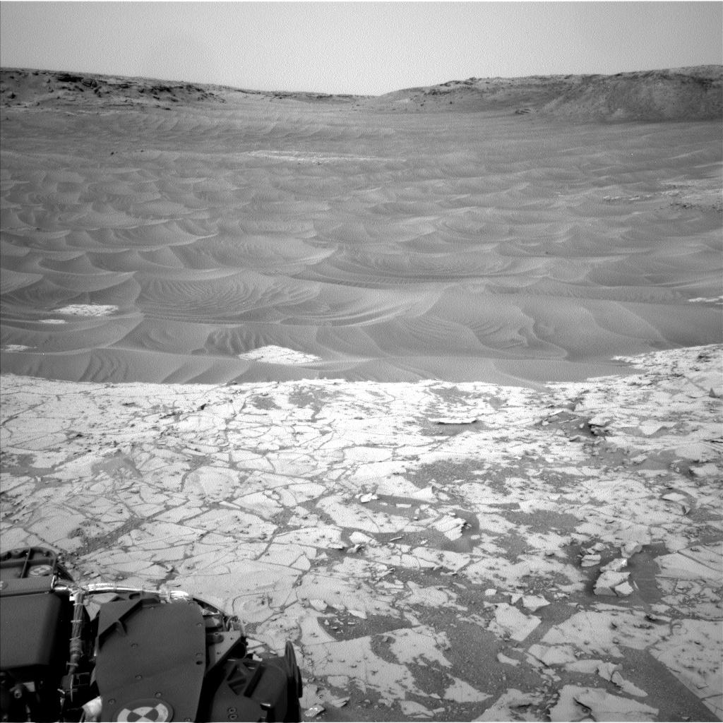 Mars-Curiosity-Rover-Sand-Ripples-Pahrump-Hills-pia18883-full