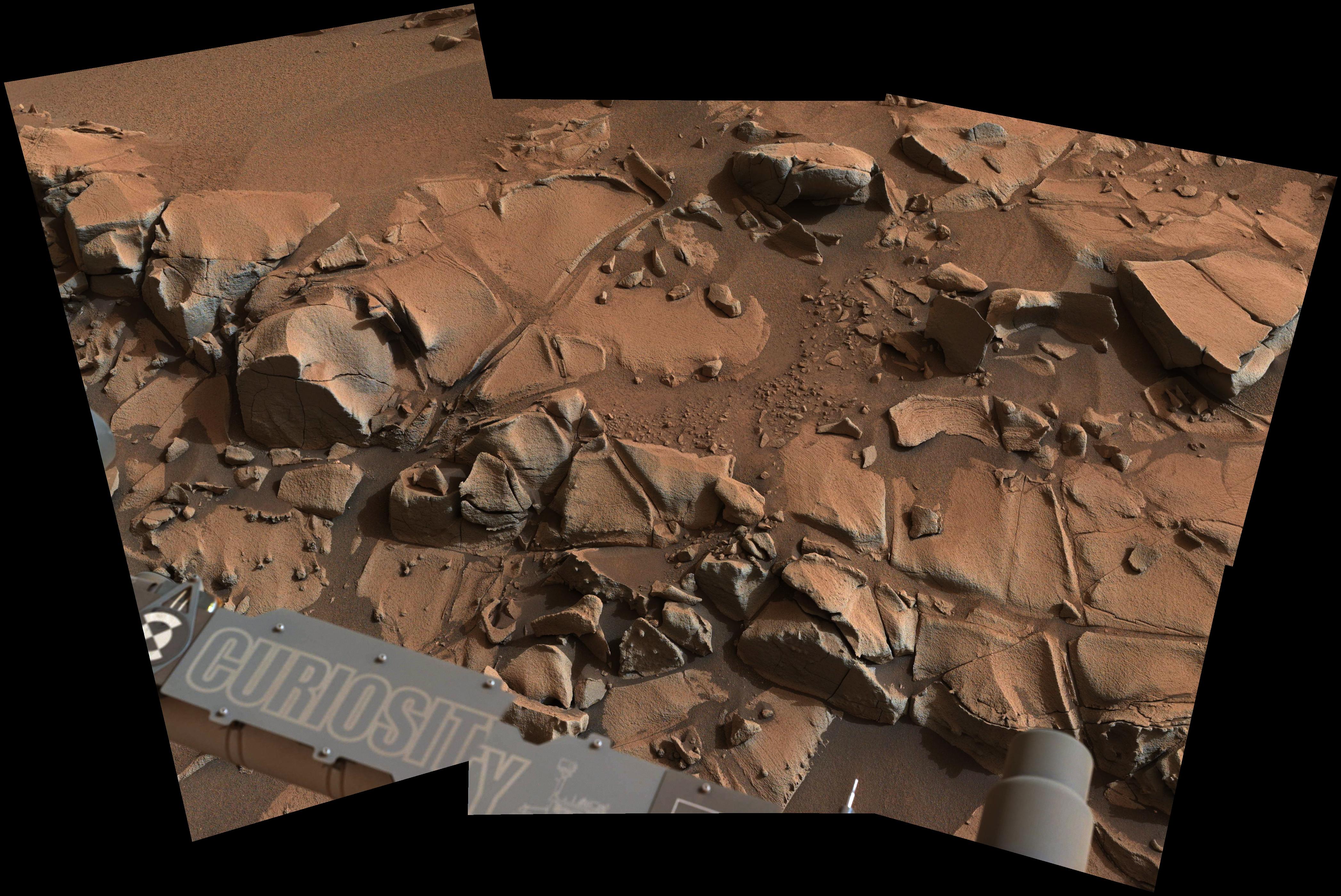 Mars-Rover-Curiosity-MastCam-Rock-Alexander-Hills-sol-817-pia19066-full