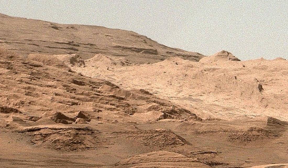 mars-curiosity-rover-mount-sharp-pia19083-Sol387-full détail
