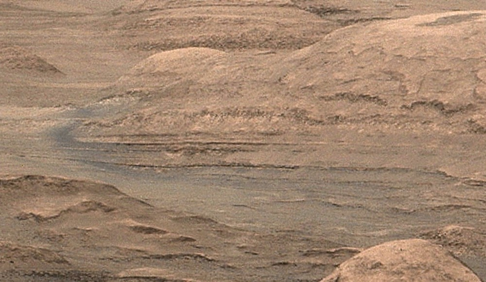 mars-curiosity-rover-mount-sharp-pia19083-Sol387-full détail2