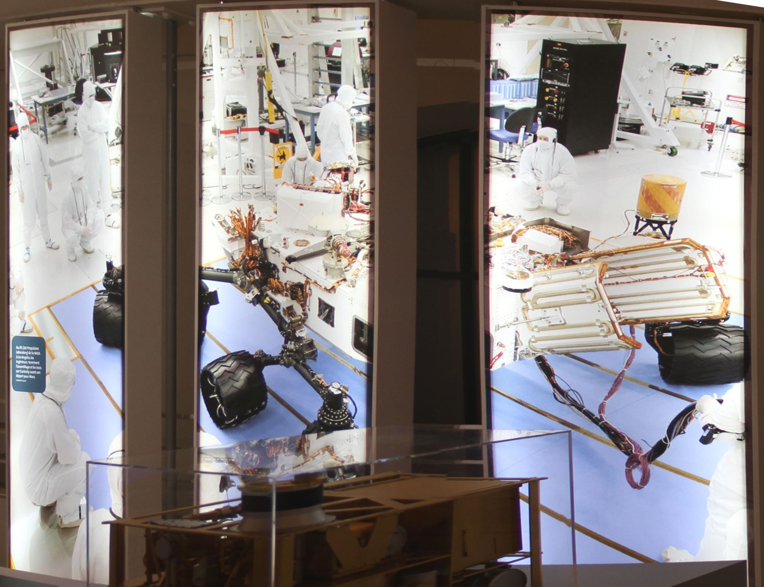 14 12 18 - 17h 48m 06s - Expo l'eau sur Mars pavillon de l'eau_stitch ret