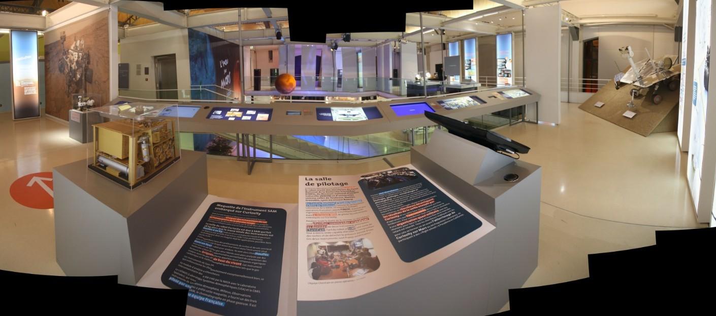 14 12 18 - 17h 48m 32s - Expo l'eau sur Mars pavillon de l'eau_stitch tr